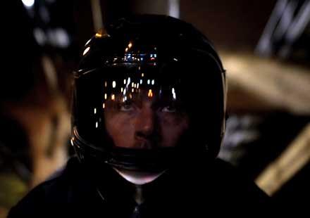 """Черен мотор в тъмна нощ – """"Joy Ride"""" (промо видео на Nikon D800)"""