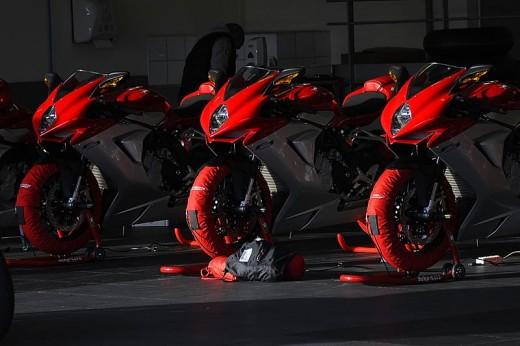 Легендарните мотоциклети MV Agusta вече се предлагат и в България 21