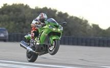 2012 Kawasaki ZZR1400 02
