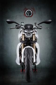100 бройки от къстъма Ducati Bulgari - Студио Vilner 05