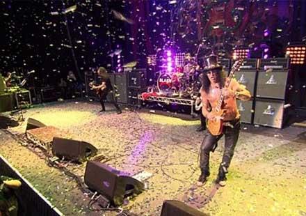 Slash пусна видео послание към феновете в България