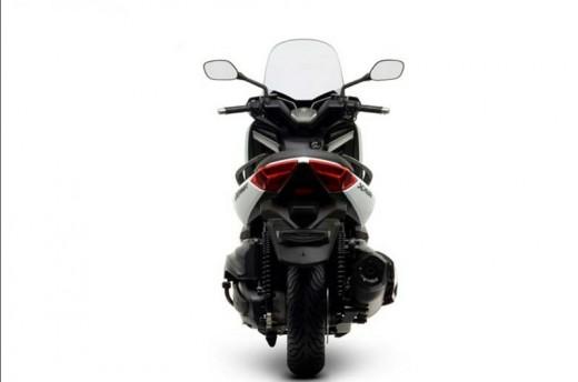 Yamaha представиха новия 400-кубиков X-MAX 01