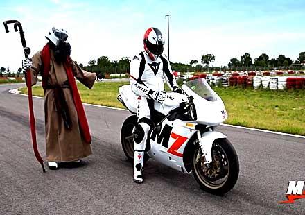 Десетте божи заповеди с мотоциклетизма (ВИДЕО)