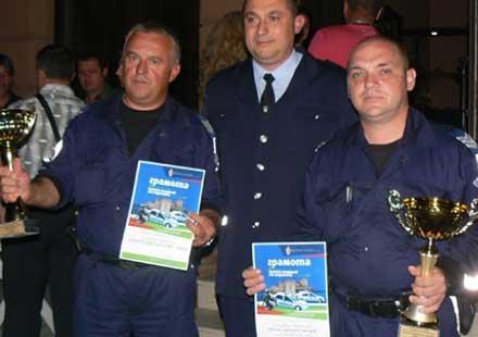 """Момчил Григоров от Габрово """"Пътен полицай на годината 2013"""""""