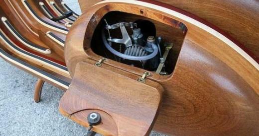 Дървена Vespa с името Daniel 01