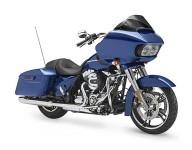 Harley-Davidson Road Glide за 2015 г. се появява с гръм и трясък 06