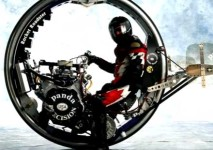 Падане с McLean Monocycle V-8